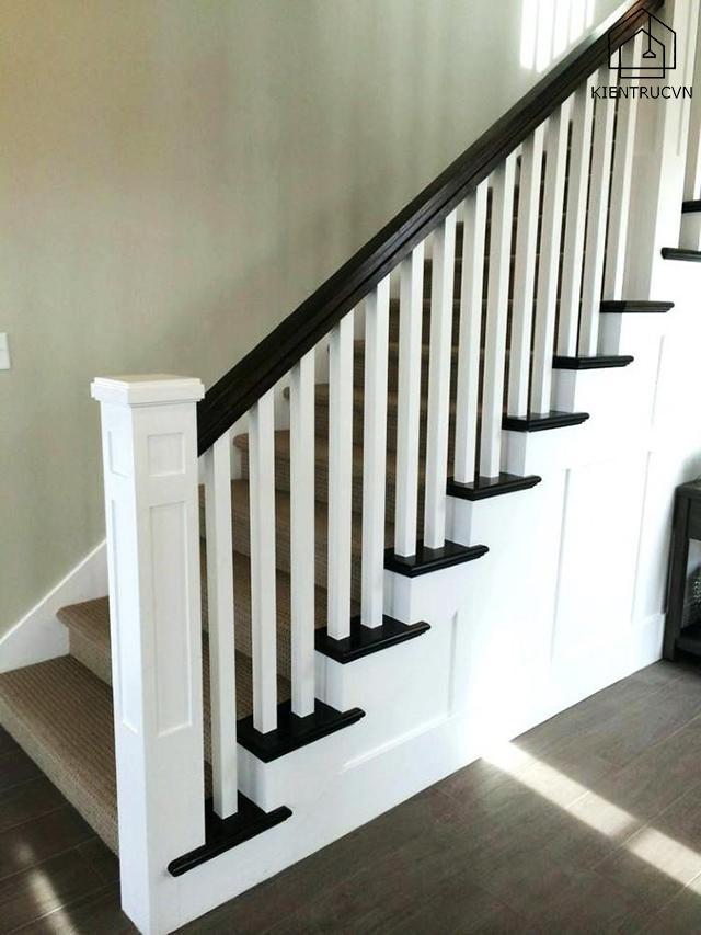 Thế nào là một thiết kế cầu thang gỗ vuông?