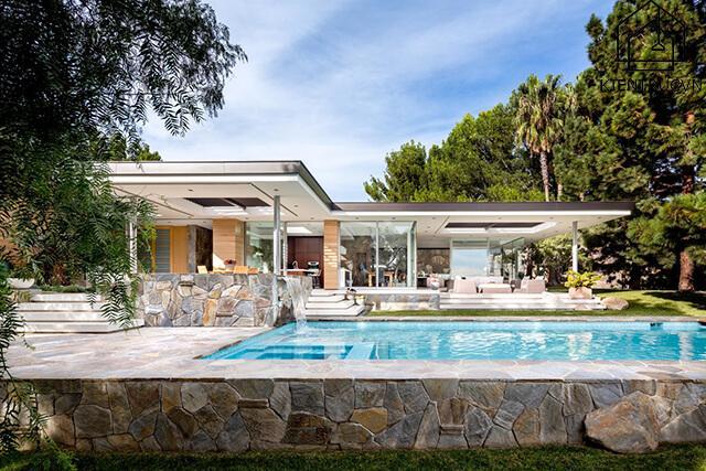 Chảnh vô cùng – mẫu biệt thự có bể bơi